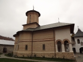 manastire polovragi