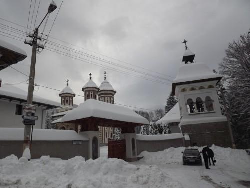ansamblu manastire sinaia