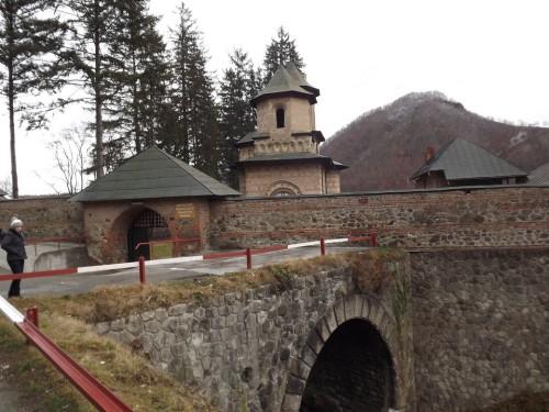 manastirea cornet