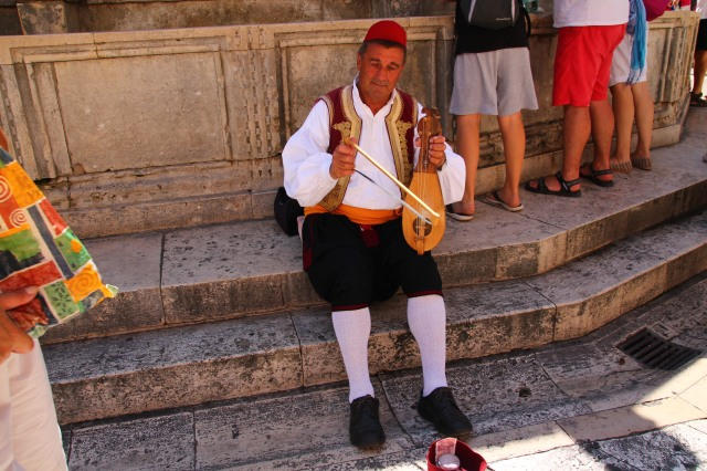 tambura - instrument popular croat