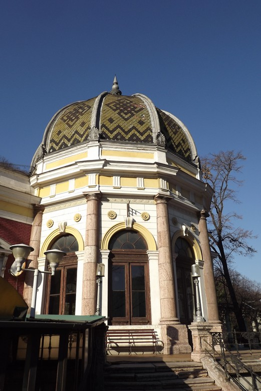cupola gara herculane