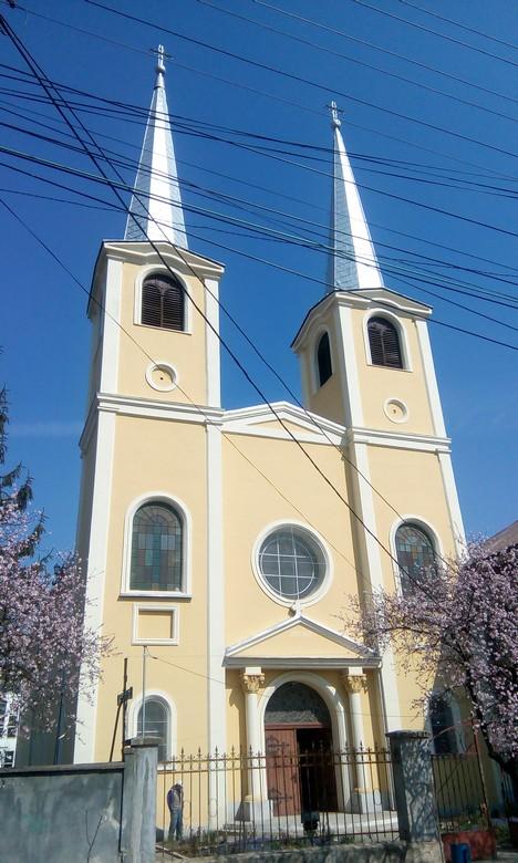biserica romano catolica hunedoara